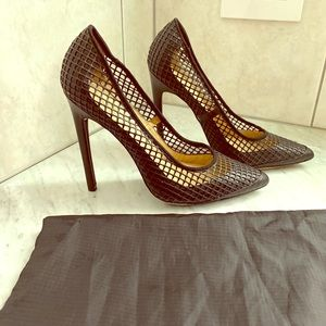 LAMB mesh and black pumps 7.5 with dust bag